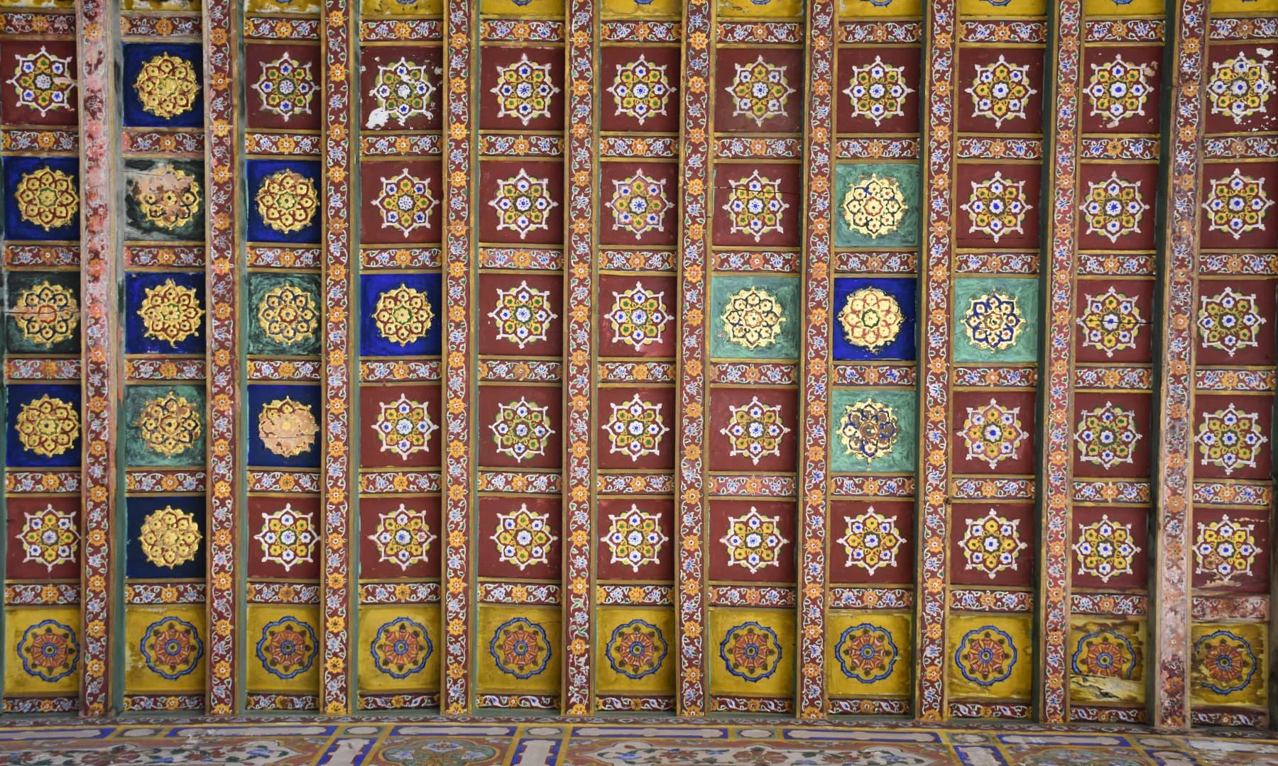برآمدے کی چھت—تصویر رمضان رفیق
