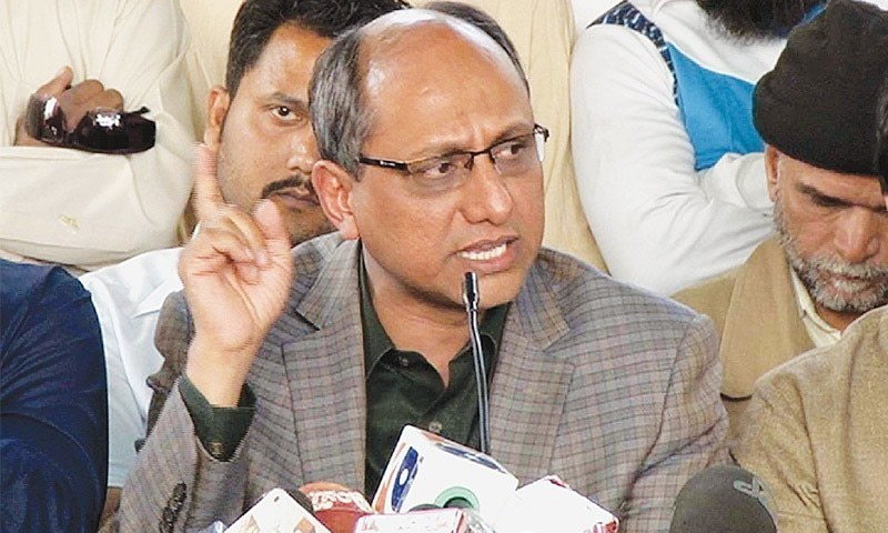 "Sindh Local Government Minister Saeed Ghani has directed senior officials of the Karachi Water and Sewerage Board to submit a report within 48 hours regarding what he called ""artificial water crisis"" in the metropolis. — Dawn/File"