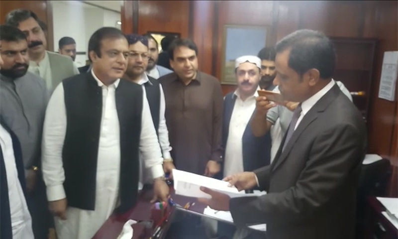 PTI Senator Shibli Faraz and other senators submit no-confidence resolution against Senate deputy chairman in the Senate secretariat. — Photo courtesy author