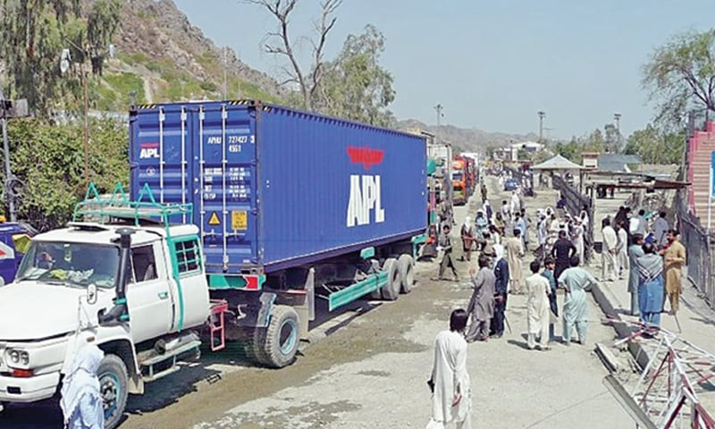Trucks carrying Afghan goods making their way to Pakistan via Torkham.