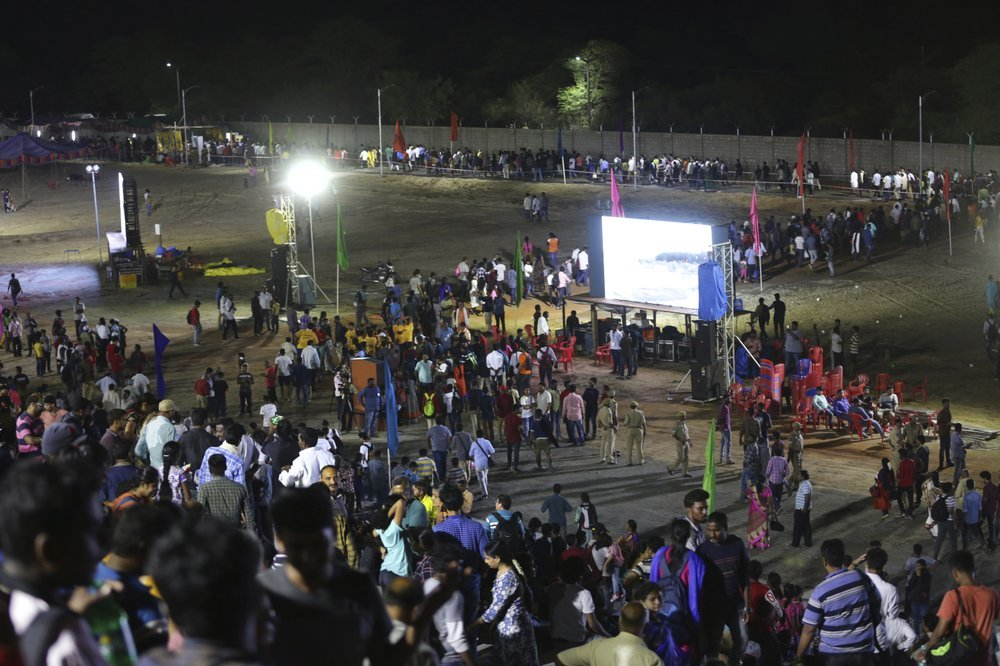 Spectators leave after the Chandrayaan-2 mission was aborted at Sriharikota, in southern India, on Monday. ─ AP