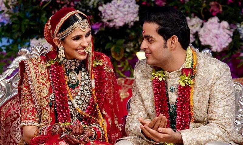 اکاش امبانی کی شادی گزشتہ سال بھارت میں ہوئی تھی ش—فوٹو/ اسکرین شاٹ