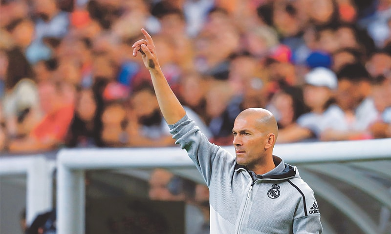 HOUSTON: Real Madrid head coach Zinedine Zidane gestures during the International Champions Cup match against Bayern Munich at the NRG Stadium.—AFP