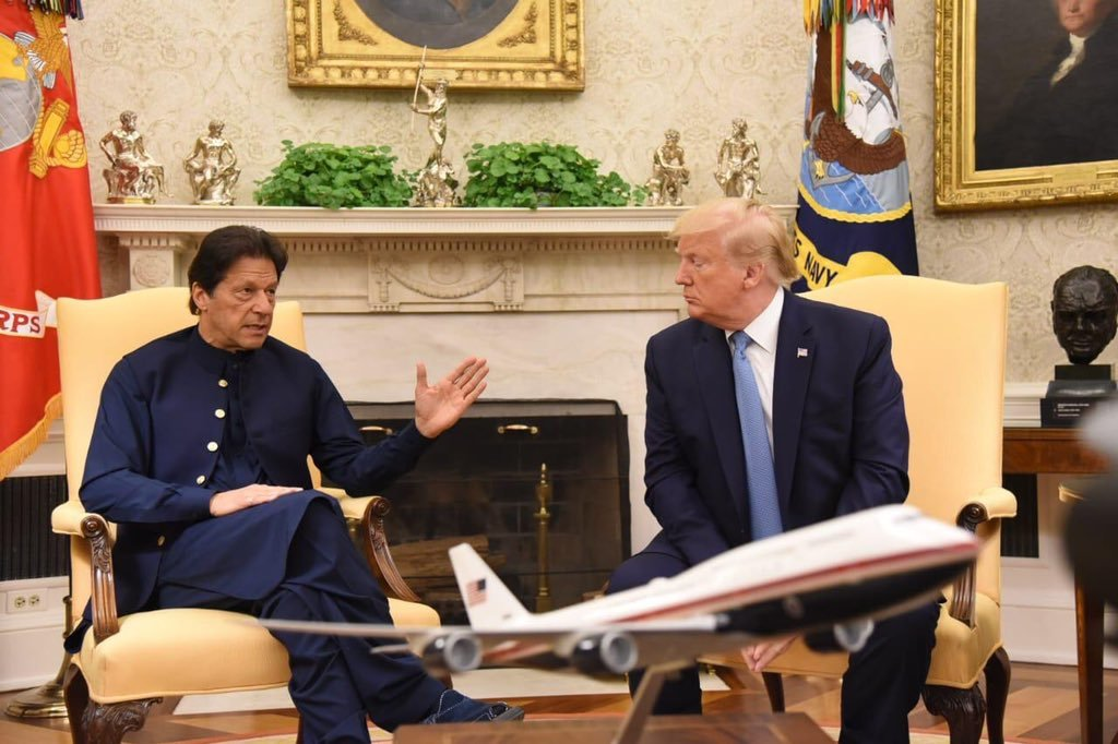 Prime Minister Imran Khan meets with US President Donald Trump in the Oval Office of the White House. — PTI Twitter