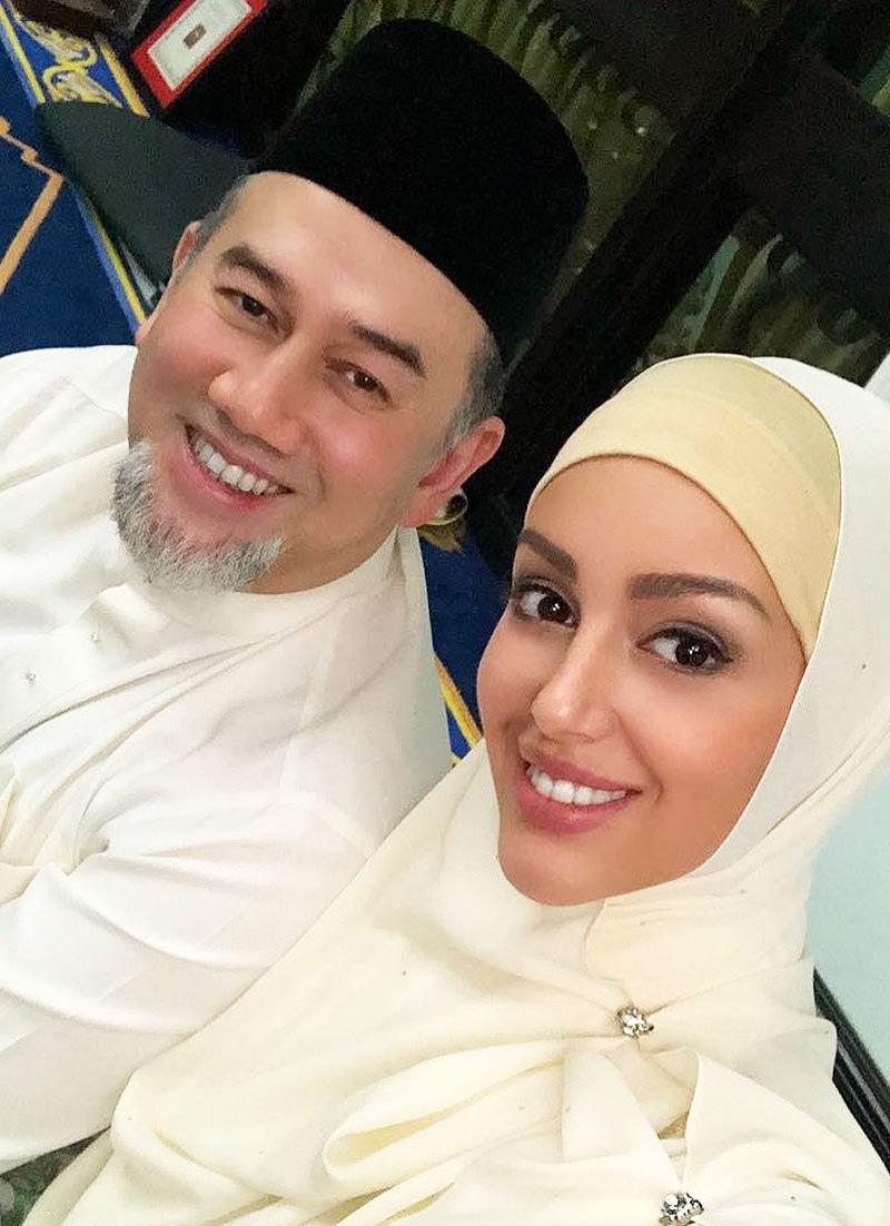 روسی دوشیزہ سے شادی کے بعد سلطان محمد نے بادشاہت چھوڑی تھی