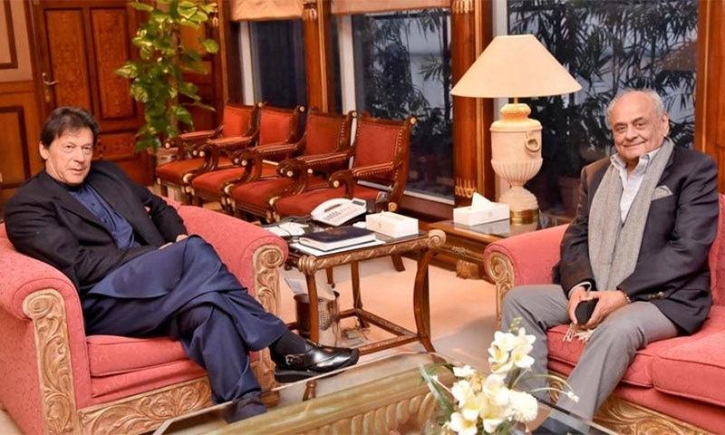 وزیر اعظم عمران خان نے رواں سال اپریل میں اعجاز شاہ کو وزیر داخلہ مقرر کیا تھا— فائل فوٹو: رائٹرز