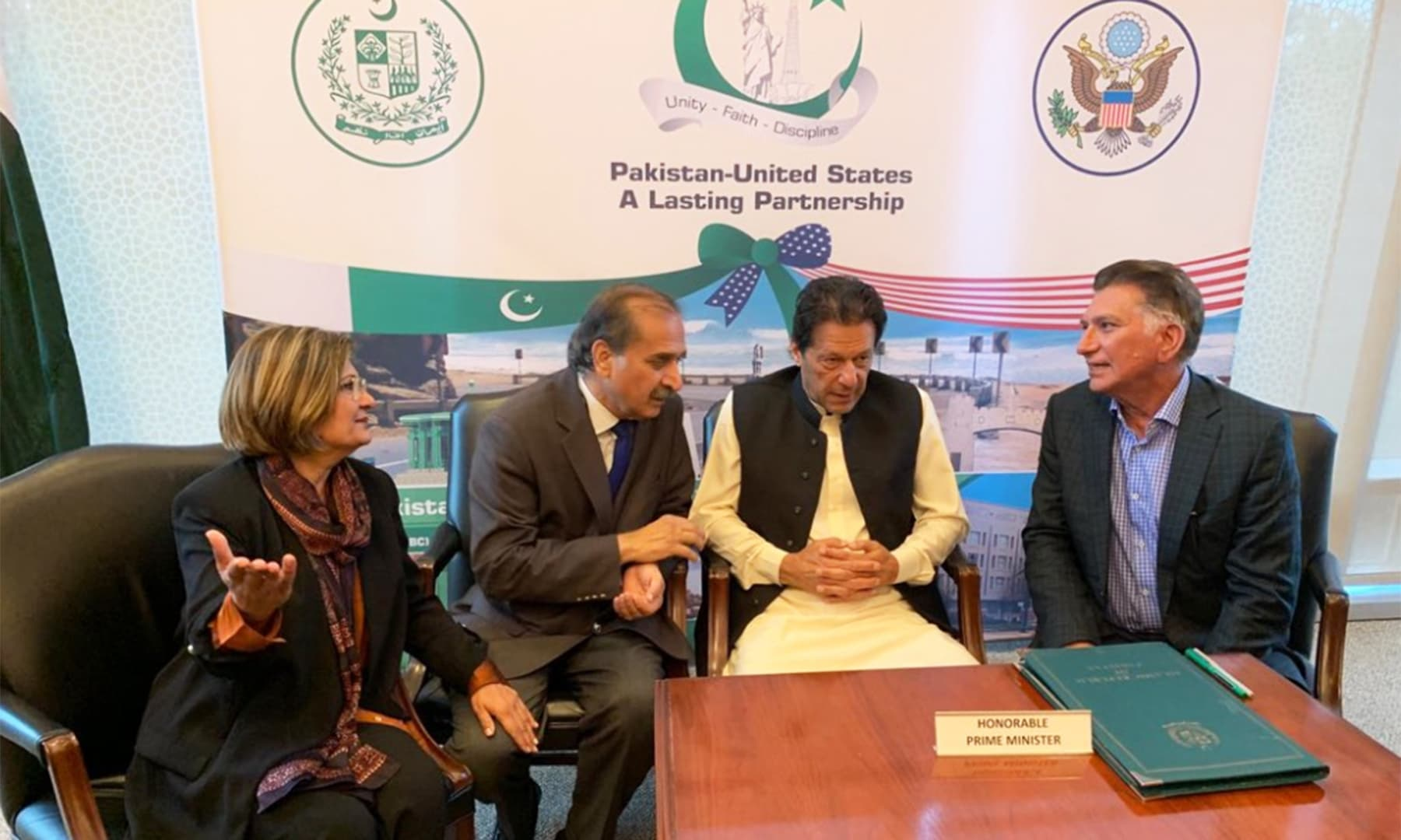 Javaid Anwar, a leading Pakistani American businessman, along with a group of prospective investors called on Prime Minister Imran Khan at Embassy of Pakistan in Washington DC. — PTI Official