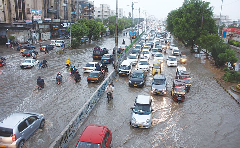 Rain, power failures wreak havoc on Karachi