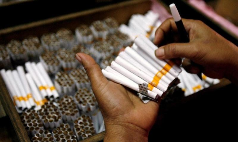 پاکستان میں 2 طرح کے غیر قانونی سگریٹ پائے جاتے ہیں