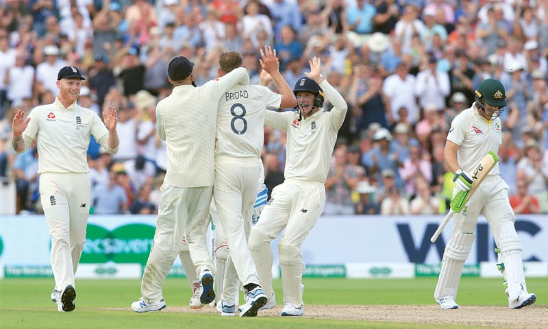 Broad, Woakes leave Australia tottering in Ashes opener