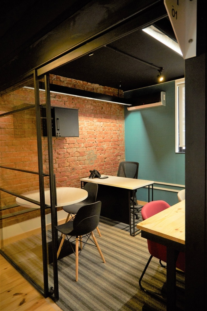Smaller private offices can cost anywhere from Rs 80,000 to Rs150,000 per month.—COLABS