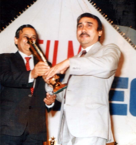 Wajahat Attre receives an award for best music director - Photos provided by the writer