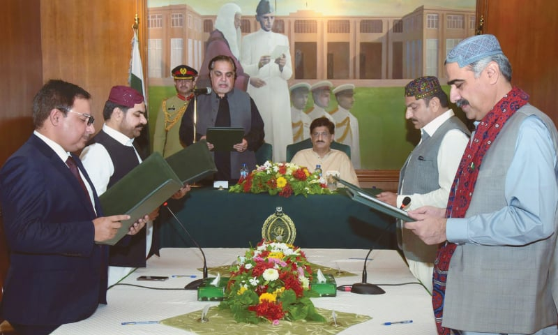 Four ministers, two advisers inducted into Sindh cabinet