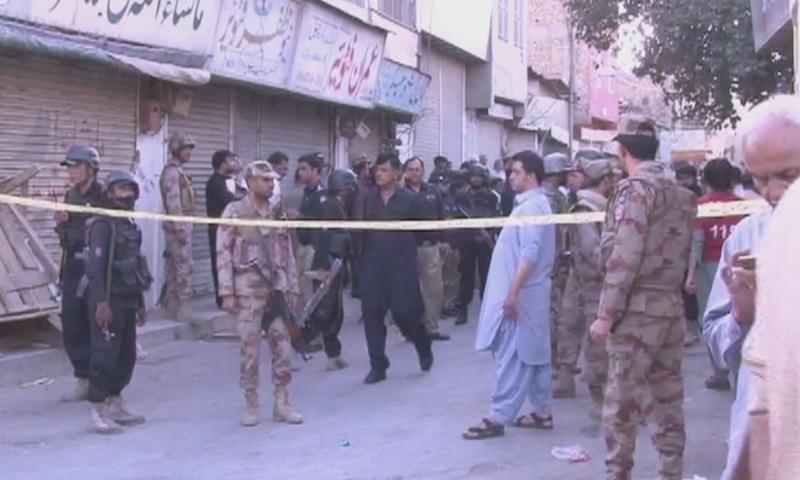 دھماکے کے بعد سیکیورٹی فورسز نے علاقے کو گھیرے میں لے لیا—اسکرین شاٹ