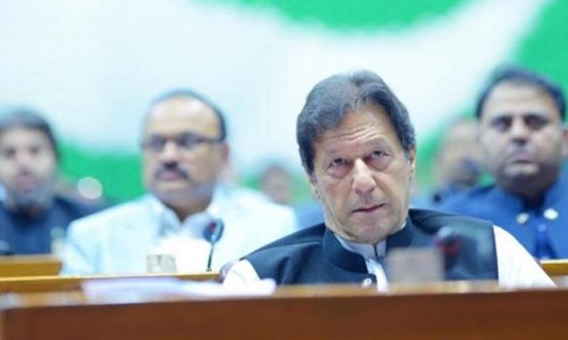 وزیراعظم نے موجودہ صورتحال کے تناظر میں کمیٹی تشکیل دی—فائل فوٹو: عمران خان فیس بک پیج