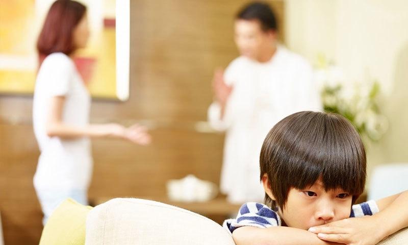 جدید ریسرچ سے آئیڈیل والدین بننا آسان ہے—فوٹو: شٹر اسٹاک