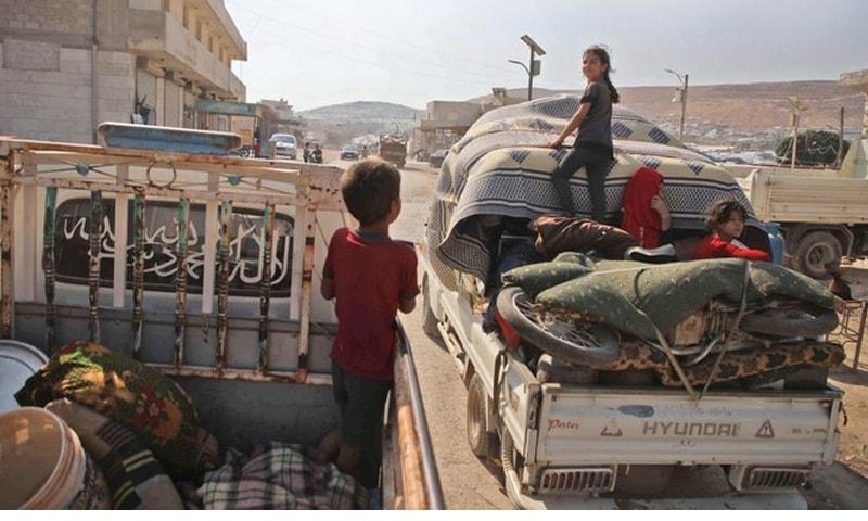 شام میں لڑائی کے پیش نظر کئی لاکھ لوگ نقل مکانی کرچکے ہیں—فائل فوٹو: اے ایف پی