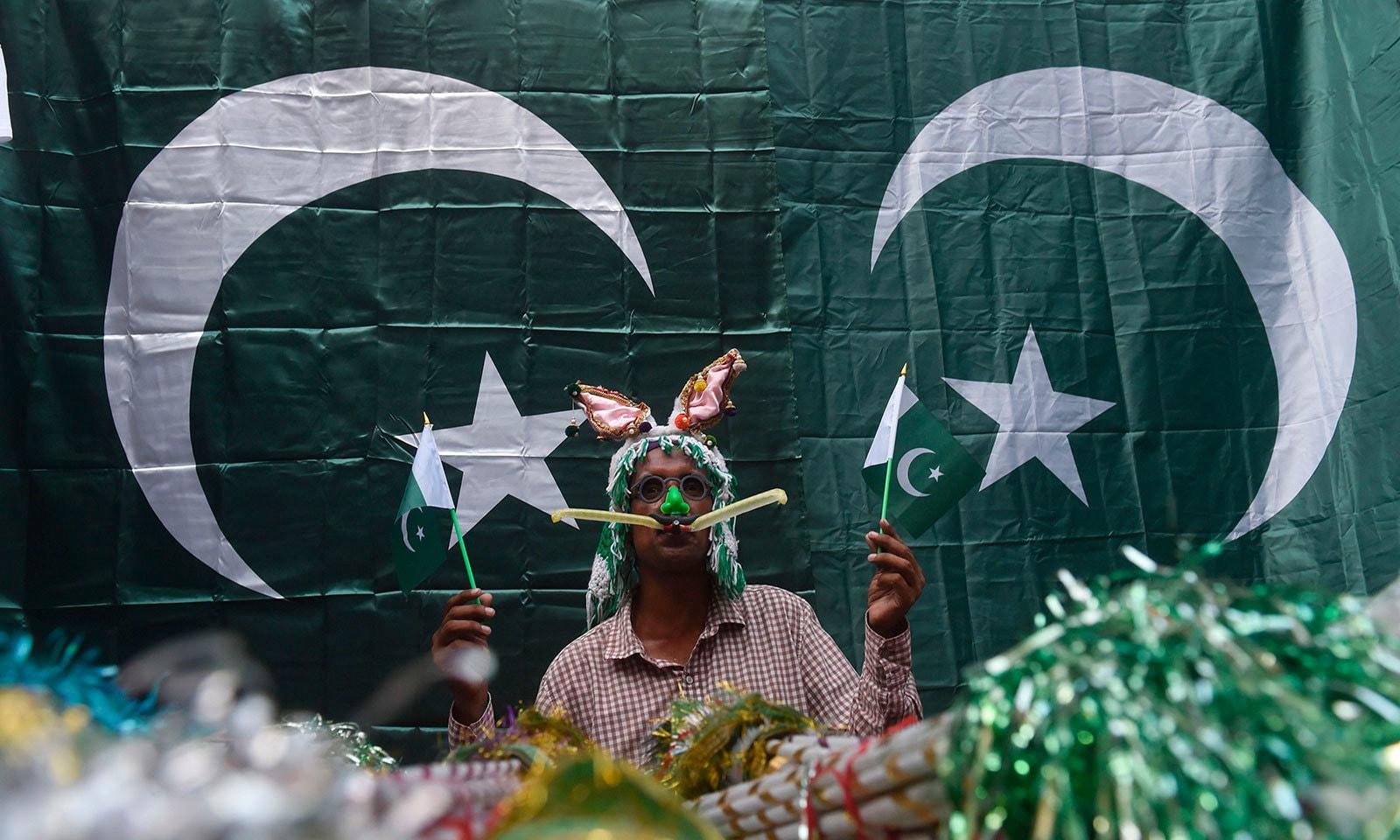 ملک بھر میں یوم آزادی کی تیاریاں بھرپور انداز میں کی گئی ہیں—فوٹو:اے ایف پی