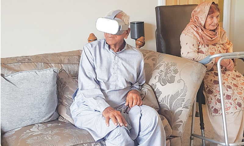 BAHADUR Ali Pambra revisits his Jalandhar home using the project's VR technology. — Photo courtesy Project Dastaan