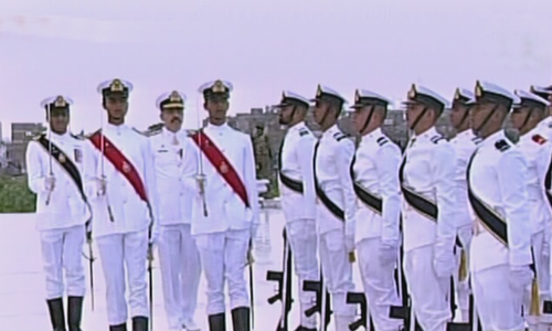 The changing of guards at the mausoleum of Quaid-i-Azam Mohammad Ali Jinnah on Wednesday. — DawnNewsTV