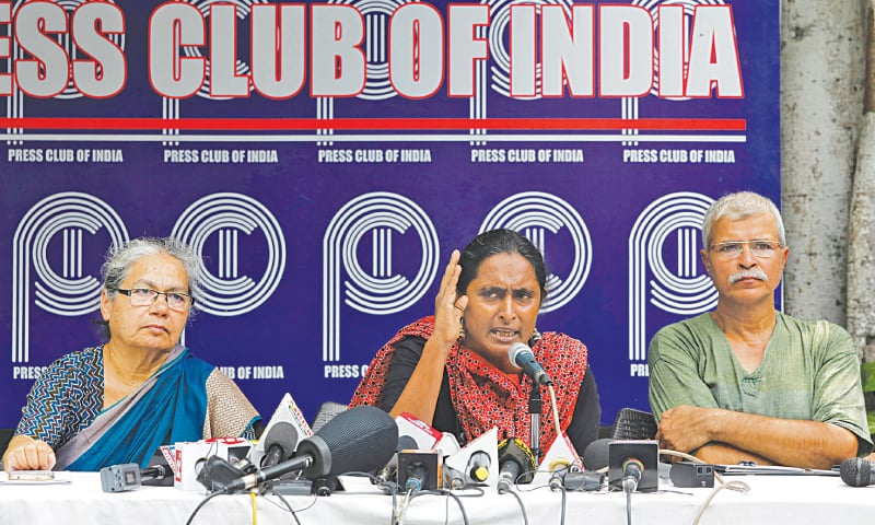 New Delhi: Kavita Krishnan, a social activist, speaks during a news conference on Wednesday to release a report after returning from India-occupied Kashmir.—Reuters