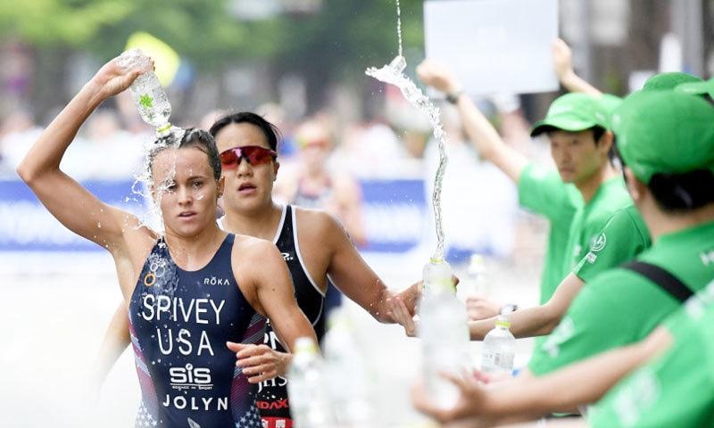 ریس میں امریکا، برازیل اور جرمنی سمیت کئی ممالک کی خواتین شامل ہوئیں—فوٹو: آئی ٹی یو