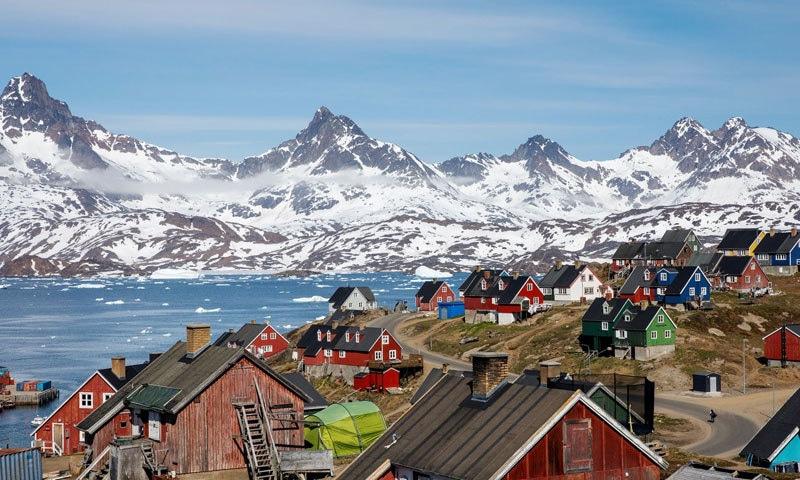 گرین لینڈ کا 80 فیصد رقبہ برف پر مشتمل ہے—فوٹو: وال اسٹریٹ جرنل