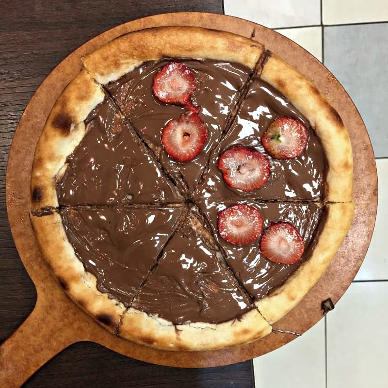 Pizza is awesome but Nutella pizza is awesomer!