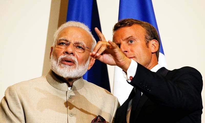 فرانس کے صدر نے نریندر مودی سے ملاقات میں دونوں ممالک میں جاری کشیدگی کو کم کرنے کی ضرورت پر زور دیا — فوٹو: رائٹرز