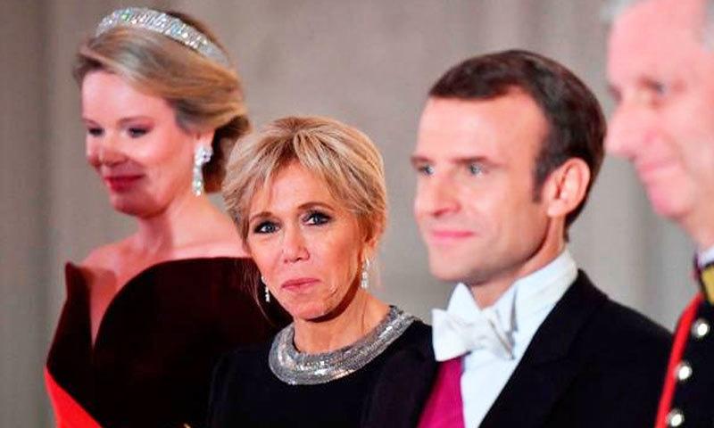 فرانسیسی صدر کی اہلیہ ان کی استانی بھی رہی ہیں—فوٹو: اے ایف پی