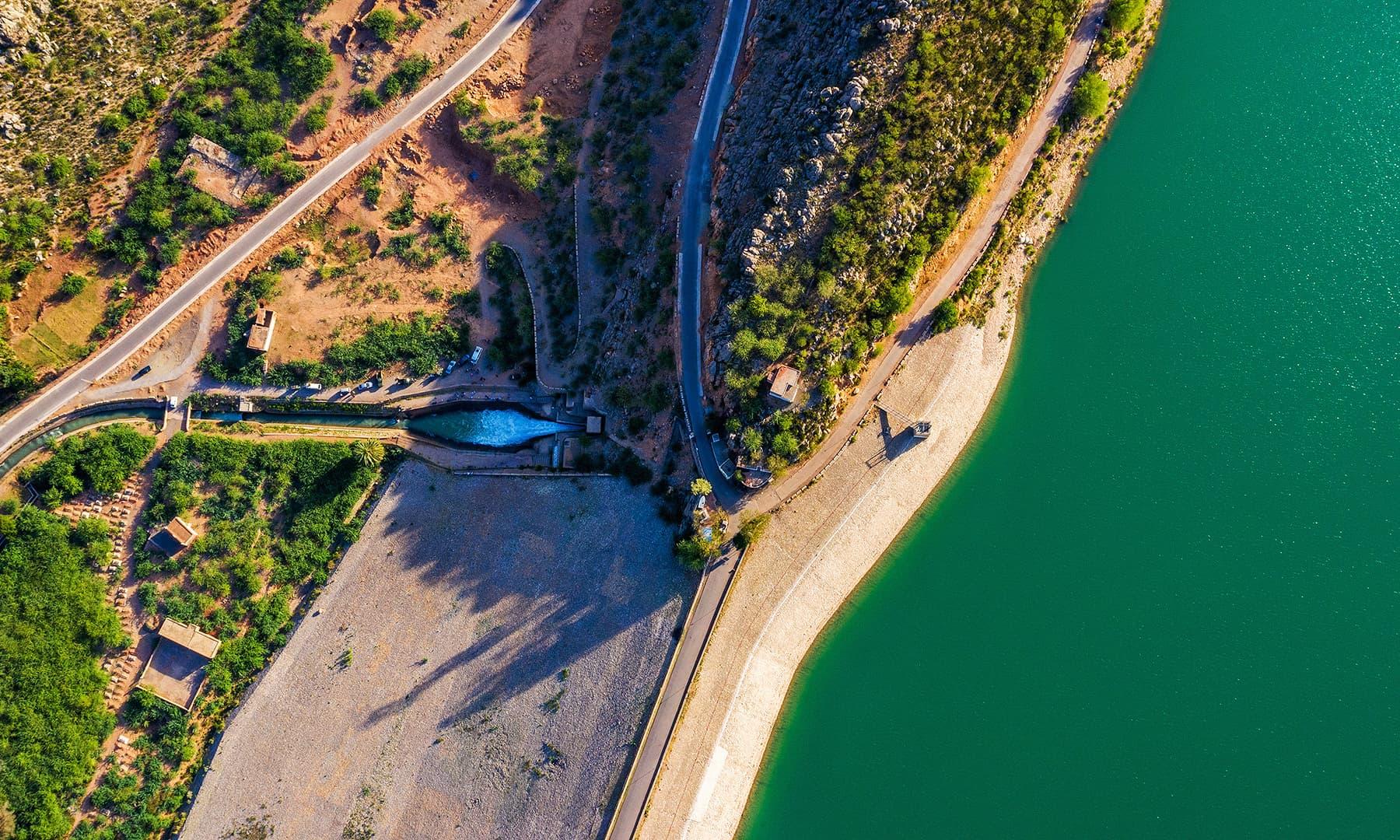 یہ ڈیم بارانی پانی کو ذخیرہ کرکے کھیتوں کو سیراب کرنے کی خاطر بنایا گیا