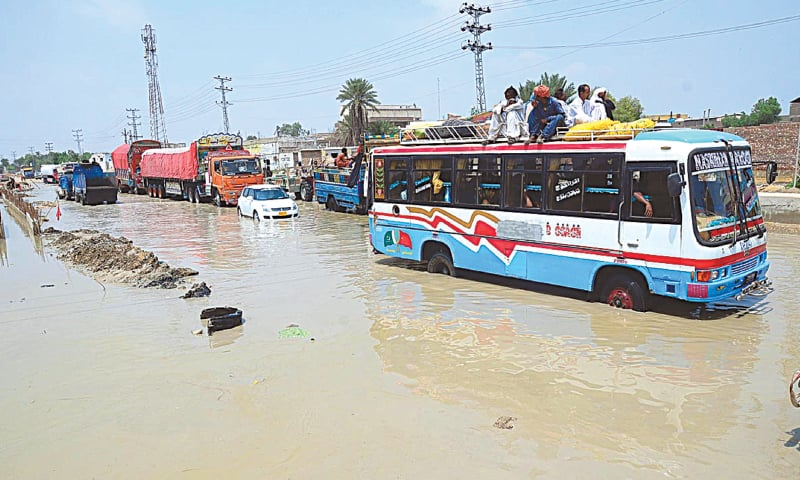 Sindh lashed by heavy downpour coupled with strong winds
