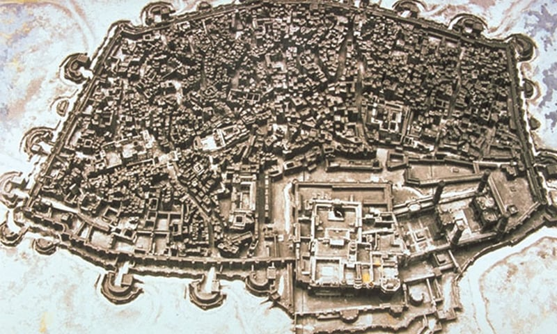 A model of the old city of Lahore, secured by walls, showing the layout of the original 13 gates of which only six survive | Wikipedia Commons