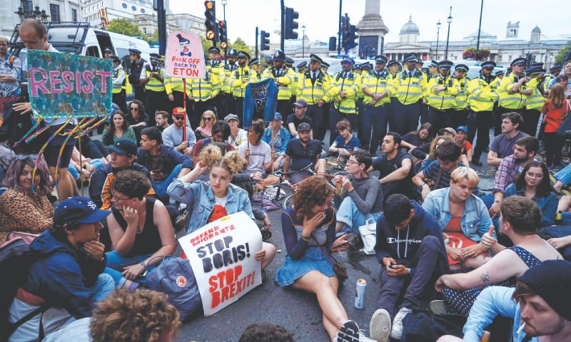 Protests in British cities against PM's move to suspend parliament