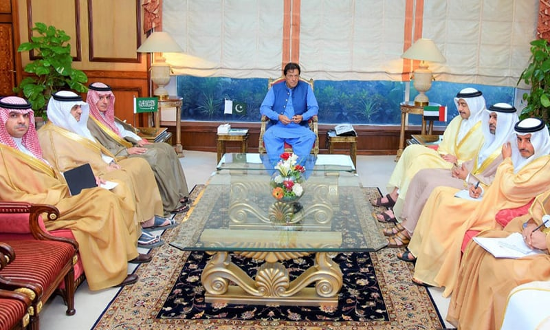 UAE Minister of Foreign Affairs and International Cooperation Sheikh Abdullah Bin Zayed Bin Sultan Al Nahyan, and Saudi Minister of State for Foreign Affairs Adel Al-Jubeir call on Prime Minister Imran Khan at PM Office, Islamabad on Wednesday. — PID