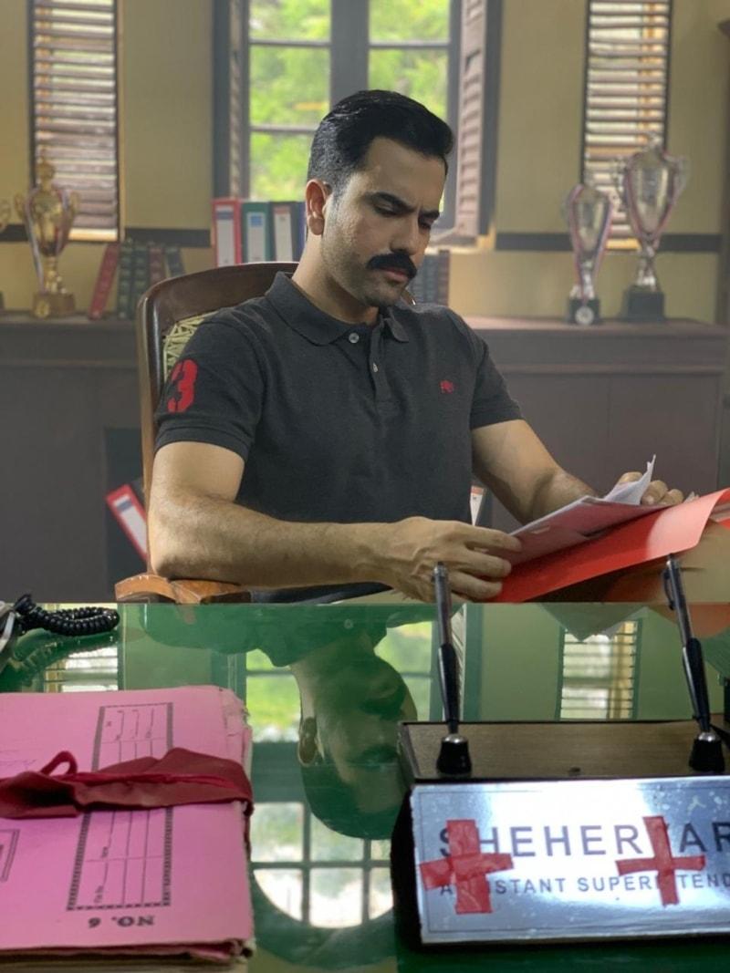 فلم میں جنید خان پولیس افسر کے کردار میں دکھائی دیں گے—فوٹو: جنید خان