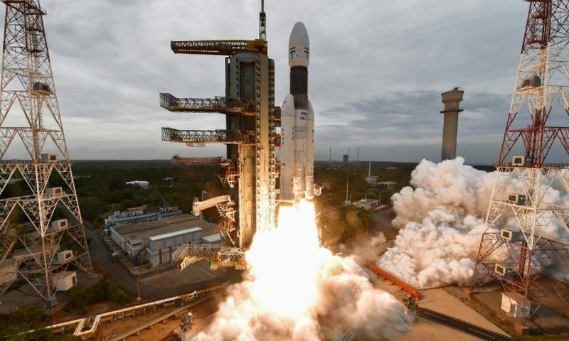 چندریان 2 نامی خلائی مشن بھارت کا اب تک سب سے پرجوش منصوبہ تھا —تصویر: اے ایف پی