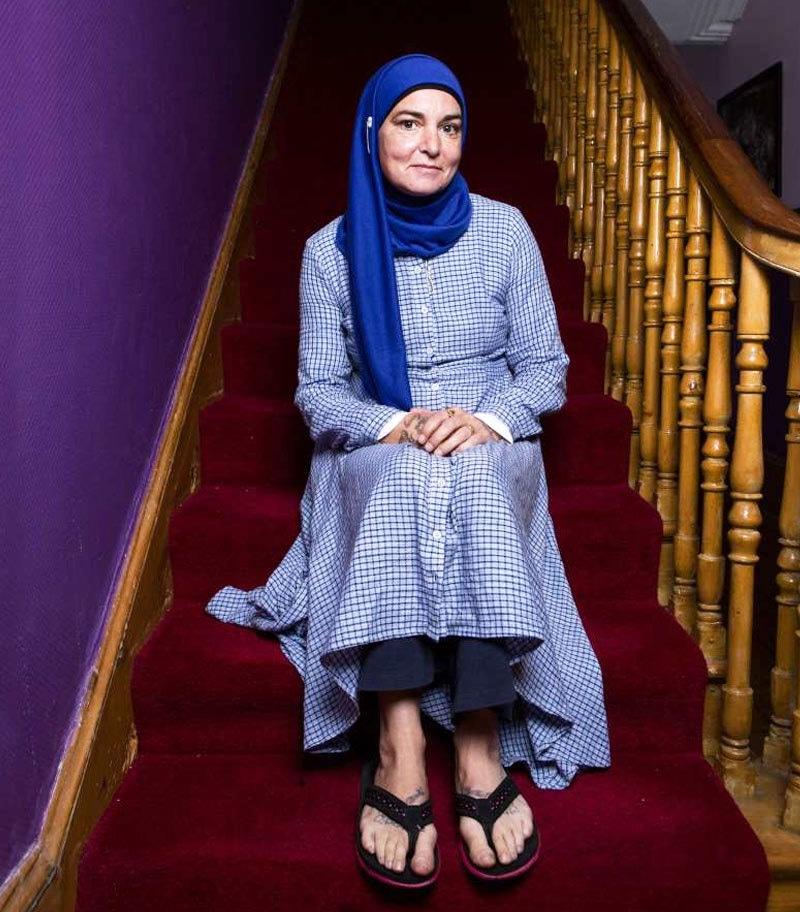 گلوکارہ نے زندگی کے 50 سال گزارنے کے بعد اسلام قبول کیا—فوٹو: کپ کارول