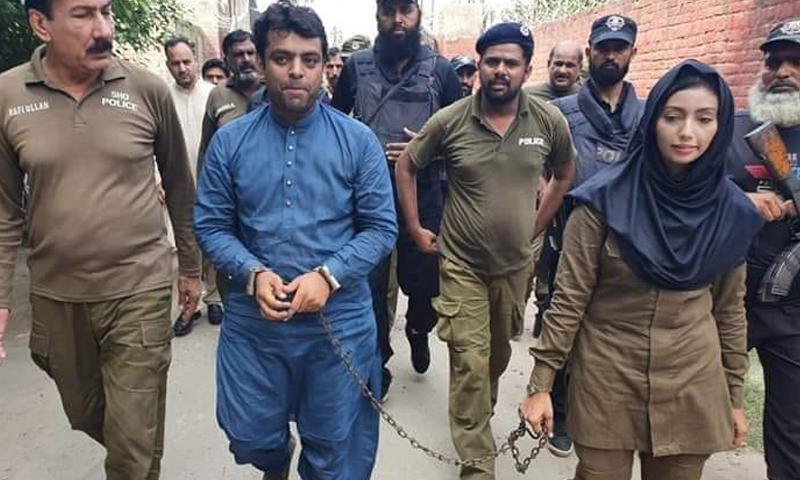 پولیس کانسٹیبل فائزہ کا خیال رکھے گی جبکہ ان کا مورال بھی بلند ہے—فائل فوٹو: ٹوئٹر