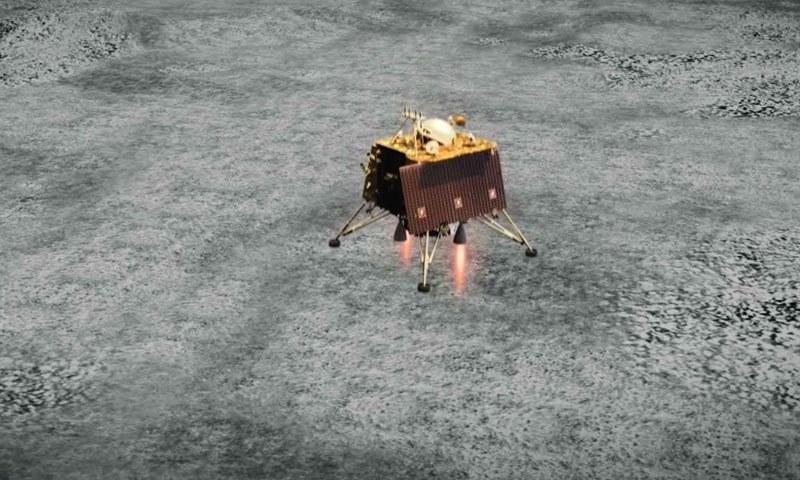 بھارتی خلائی مشن کامیابی سے آگے بڑھ رہا تھا مگر لینڈر مشین کا آخری لمحات میں رابطہ منقطع ہوگیا—فوٹو: اسرو