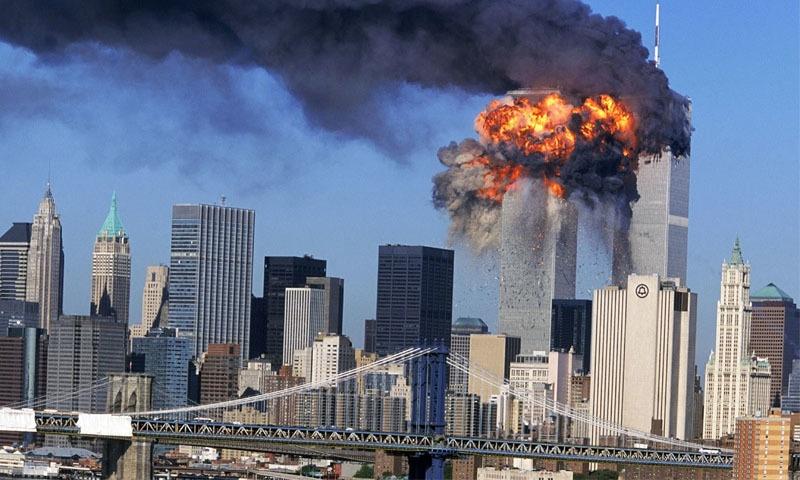 امریکا نے ان حملوں کا ذمہ دار عالمی دہشت گرد تنظیم 'القاعدہ' اور اس کے سربراہ اسامہ بن لادن کو ٹھہرایا تھا—فائل فوٹو: اے پی