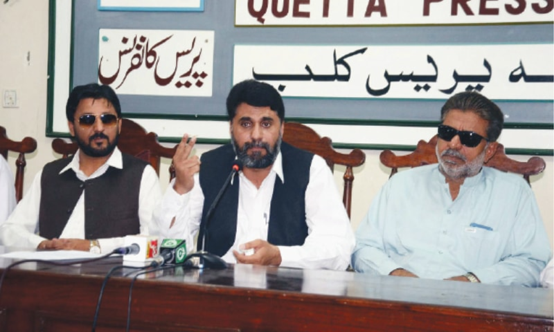 QUETTA: MPA Mir Zahid Reki speaks at the press conference on Friday.—PPI