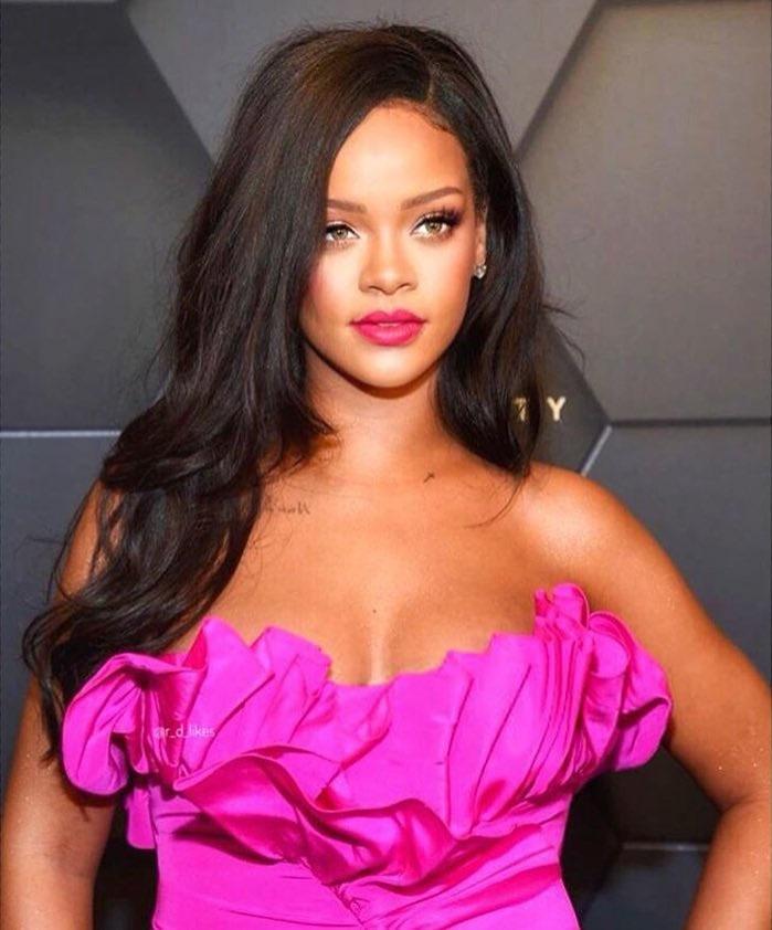 ریانا کو دنیا کی امیر ترین گلوکارہ کا اعزاز بھی حاصل ہے—فوٹو: انسٹاگرام