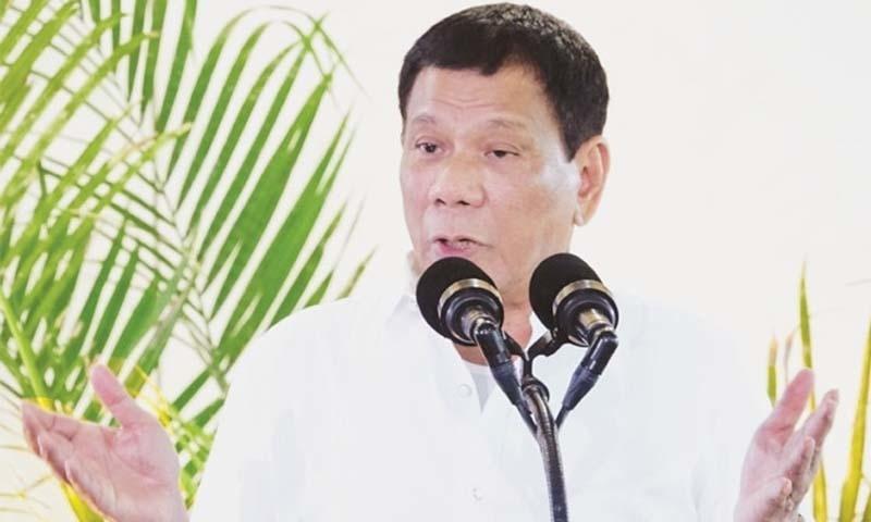 فلپائنی صدر اس سے قبل بھی خاصے سنگین مذاق اور بیانات دے چکے ہیں—تصویر: اے ایف پی