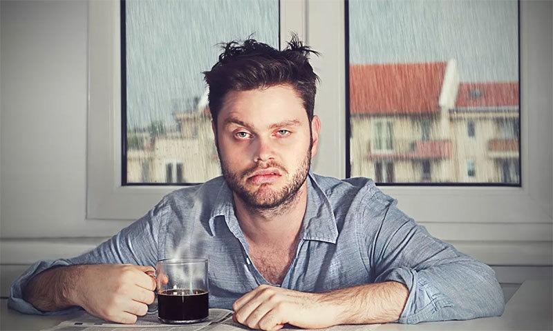 ہر وقت تھکاوٹ کا احساس بہت زیادہ عام عارضہ ہے — شٹر اسٹاک فوٹو