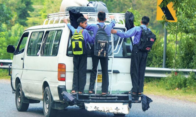 پاکستان میں ہر پانچ منٹ میں ایک شخص روڈ حادثے کا شکار ہوتا ہے—فوٹو: روڈ سیفٹی پاکستان