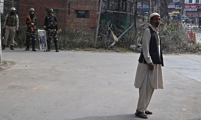 مقبوضہ کشمیر میں مسلسل 47 ویں روز بھی کرفیو نافذ رہا—فوٹو:اے ایف پی
