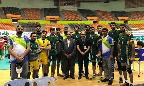 پاکستان کے ایمل خان اور مبشر رضا نے شان دار کھیل کا مظاہرہ کیا—فوٹو:ٹویٹر