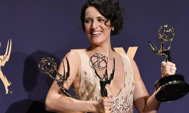 فلی بیگ کی اداکارہ و ہدایت کارہ فی بی والر بریج نے بھی سیریز کے لیے 4 ایوارڈ حاصل کیے