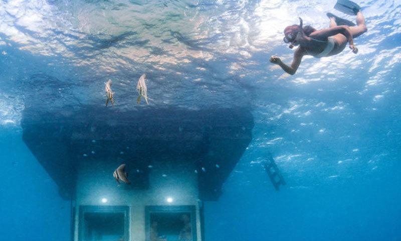 مانٹا ریزورٹ زیر سمندر کمروں کی سہولت فراہم کرتا ہے—فوٹو: مانٹا ریزورٹ